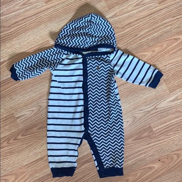 BABY GAP | hooded jumpsuit